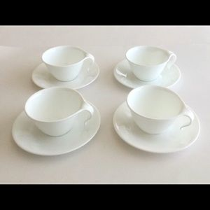 Corelle by Corning set of 4 white cups/ saucers